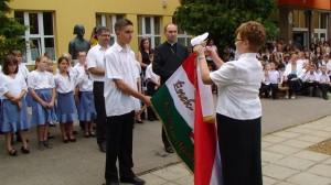 Az iskola zászlójának megszentelése