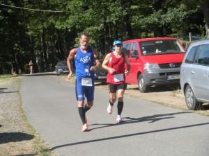 Czukor Zoltán gyalogolva lett 3. a futók között
