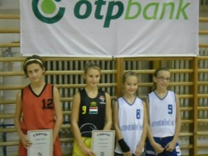 Sebestyén Réka (balra) lett a legjobb hazai játékos